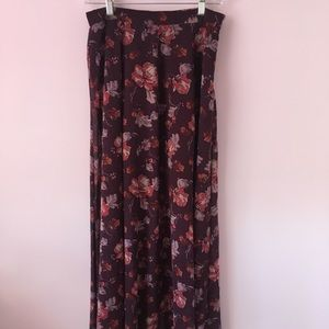 Dresses & Skirts - flowy floral maroon wine maxi skirt